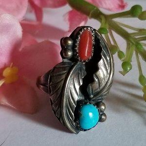 Unique Vintage Navajo Ring.